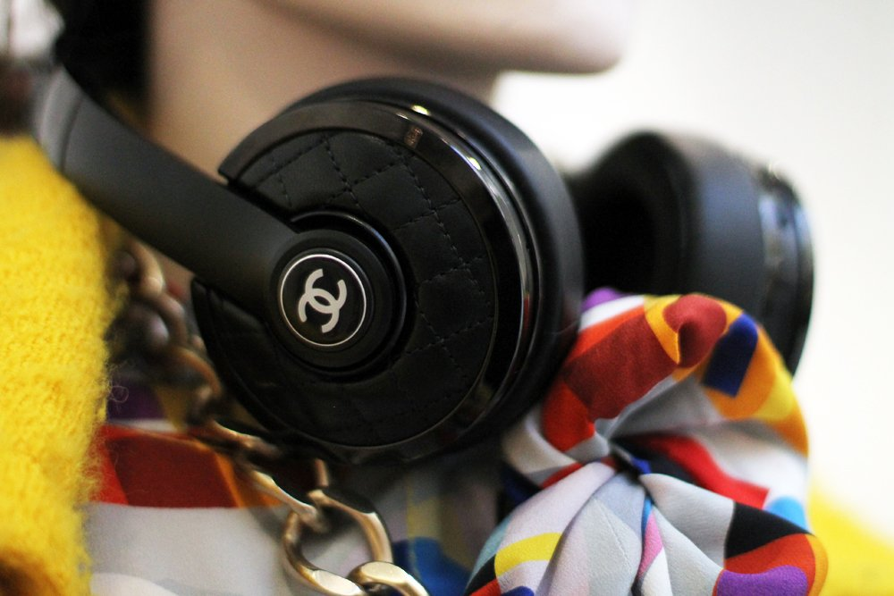 chanel headphones 2