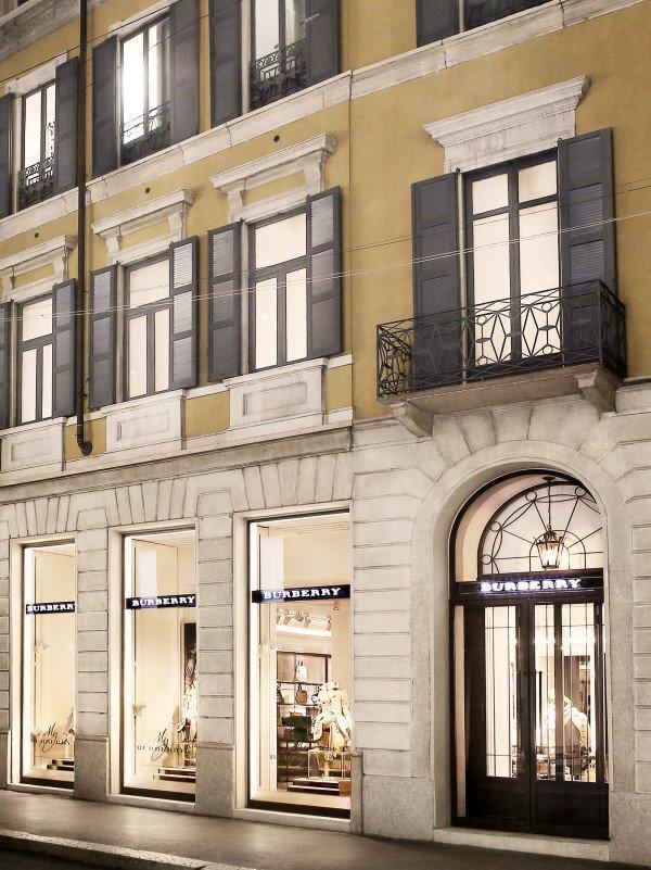Burberry vuelve a abrir su flagship store en Milán