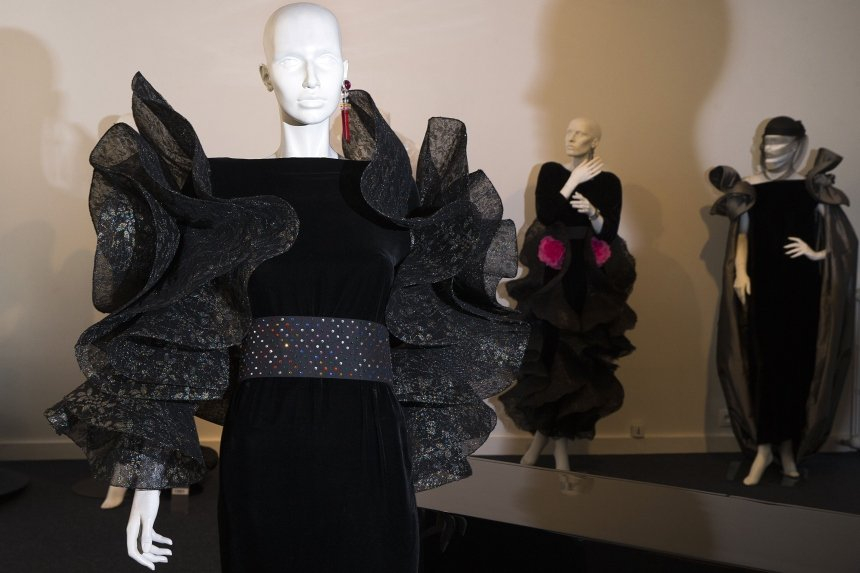 FASHION-CARDIN-MUSEUM
