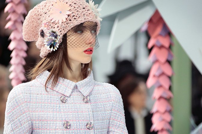 chane-spring-summer-2015-haute-couture-beanies