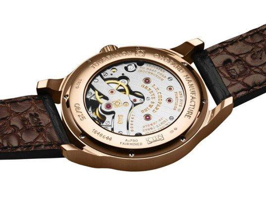 chopard-fairmined-gold-watch-2-537x402