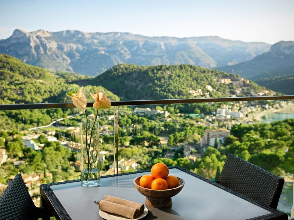 Jumeirah-Port-Soller-Hotel-Spa-Mountain-views recortada