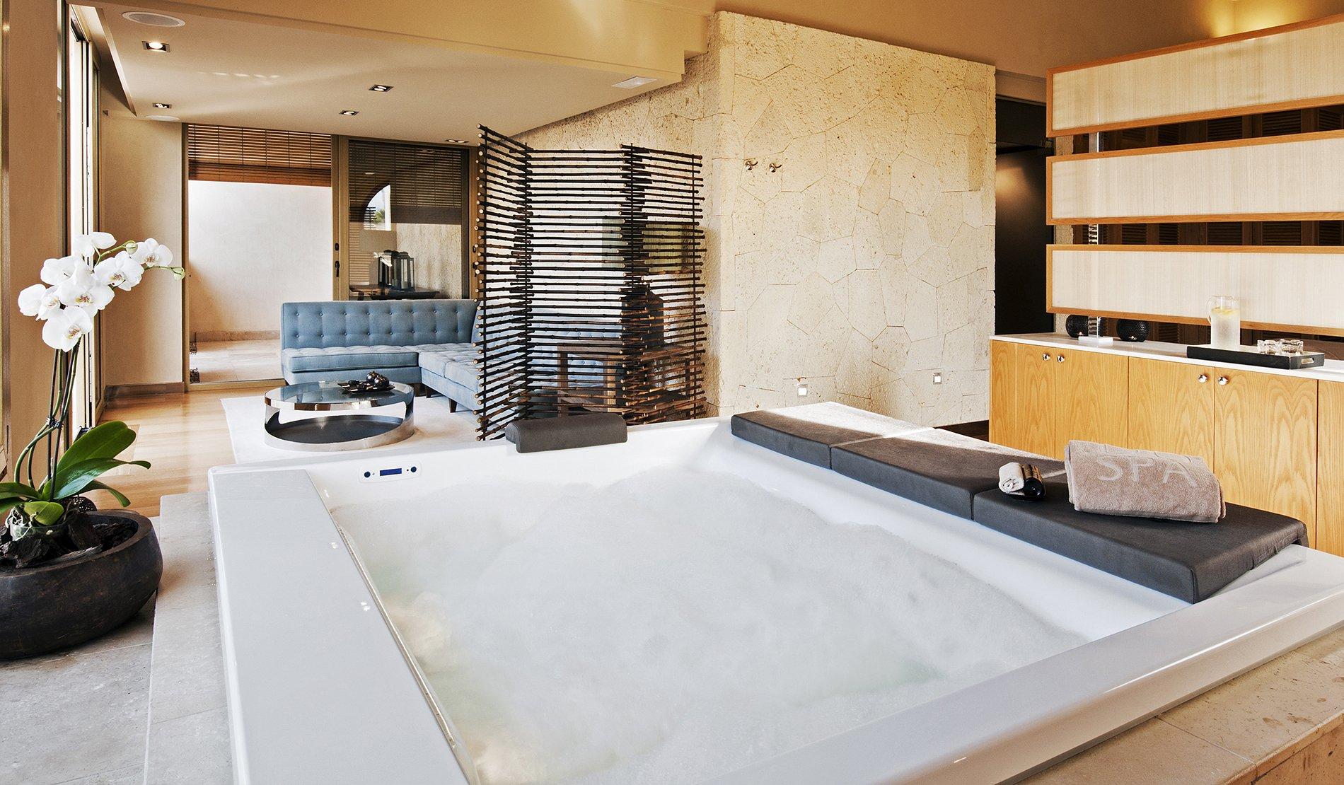 GRAN HOTEL BAHÍA DEL DUQUE & SPA: Un lujo para nuestros sentidos
