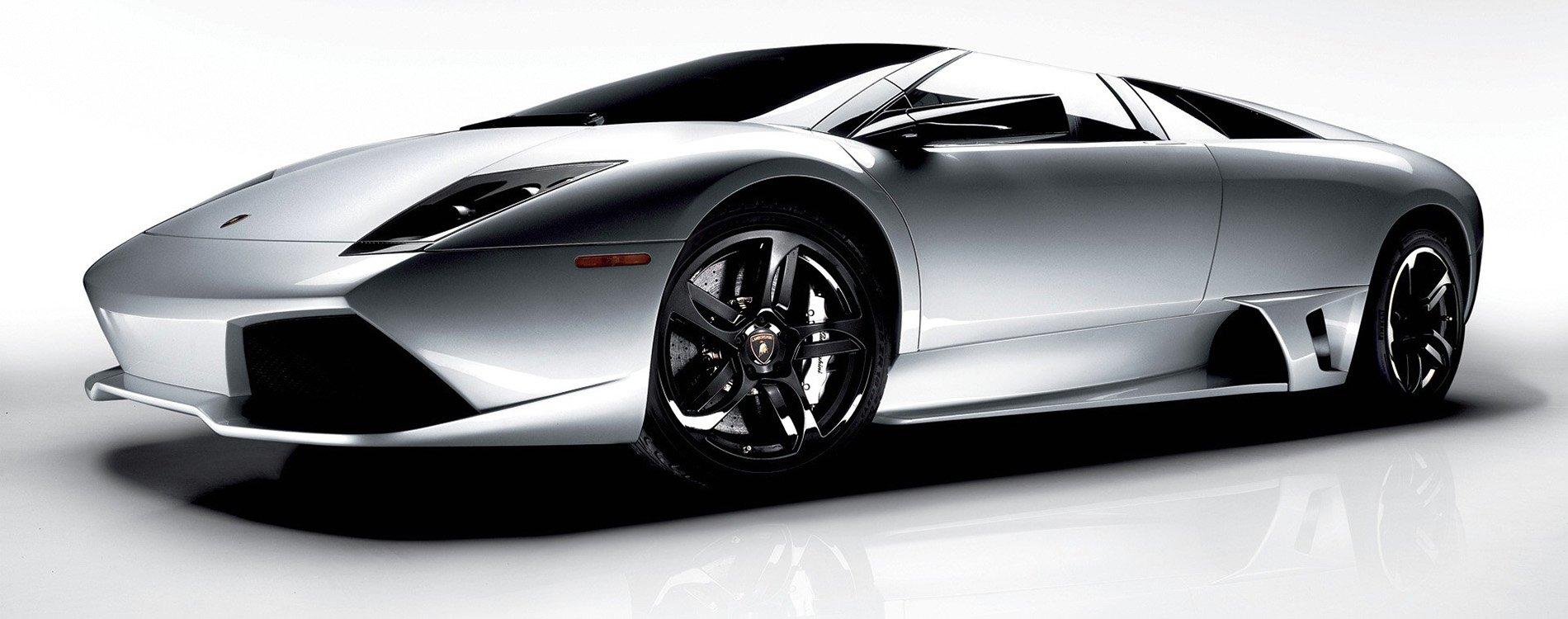 Lamborghini Murciélago, bravura en la carretera
