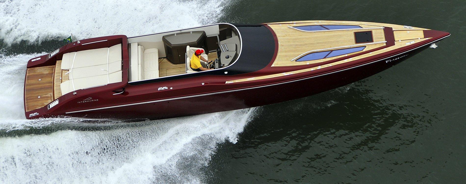 Intermarine 48 Offshore, velocidad y elegancia sobre el mar