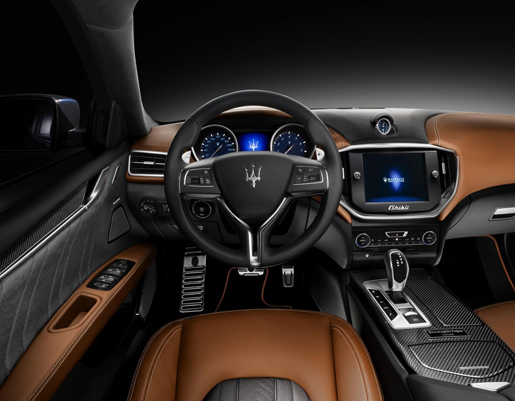 Maserati Ghibli ErmenegildoZegna  Interiores The Luxury Trends