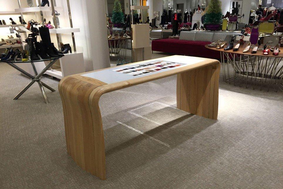 Pantalla Interactiva Neiman Marcus The Luxury Trends