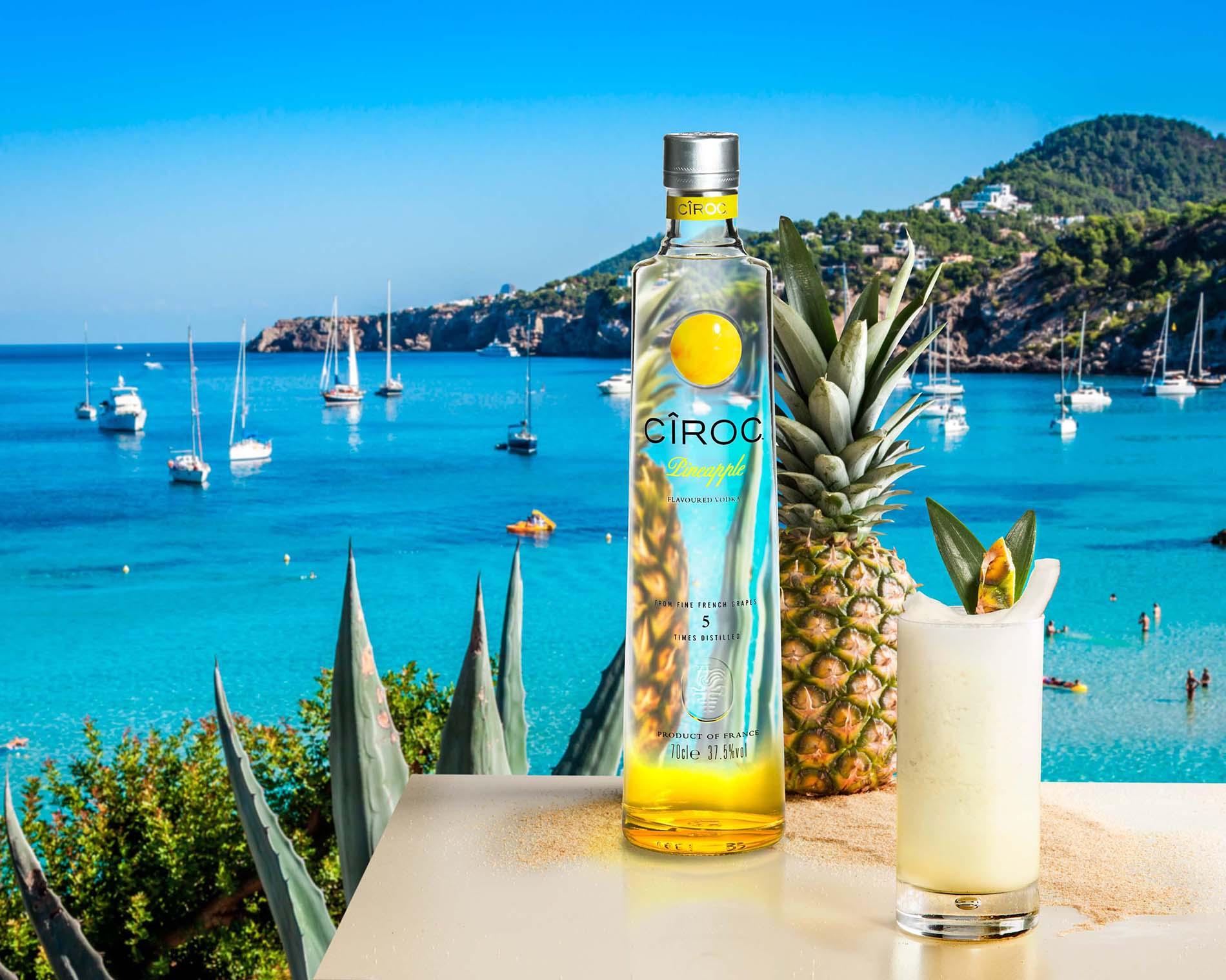 Cîroc recorre la Ibiza del lujo con Mario Testino