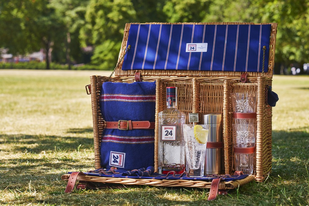 Picnic Hacket The Luxury Trends