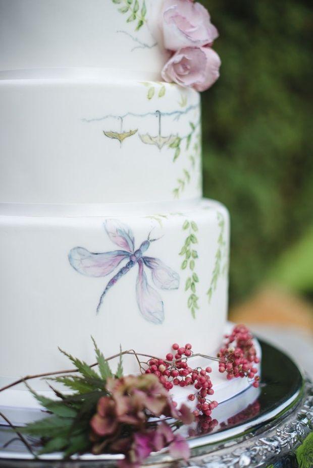 Pasteles de boda pintados a mano.