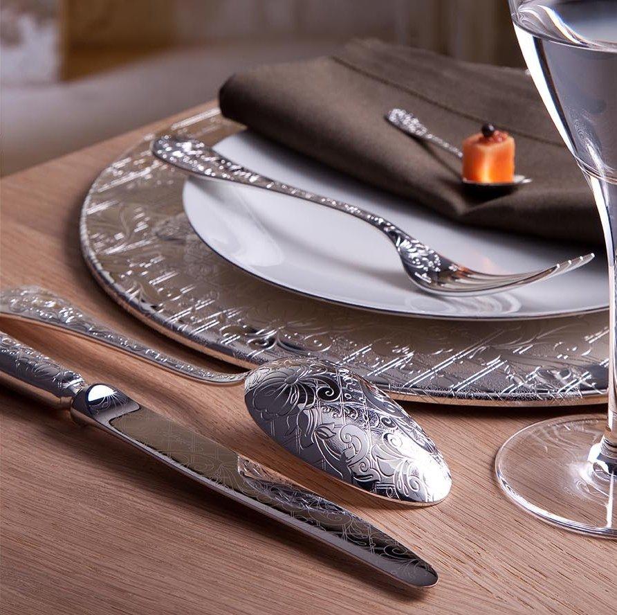 Christofle, una buena opción para decorar la mesa en Navidad