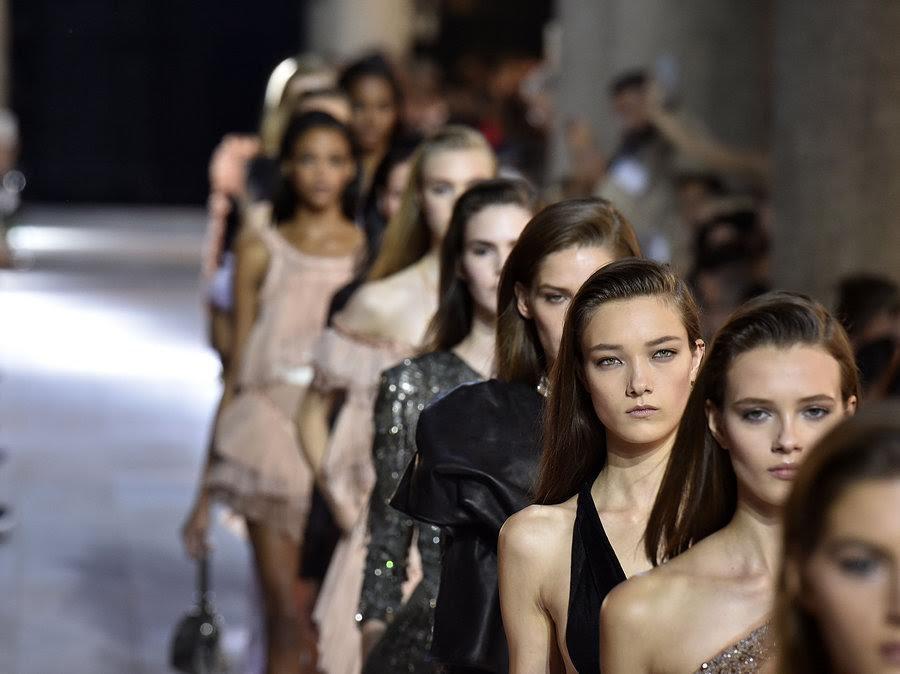 Los diseñadores independientes de lujo ya tienen un servicio de internacionalización a su medida