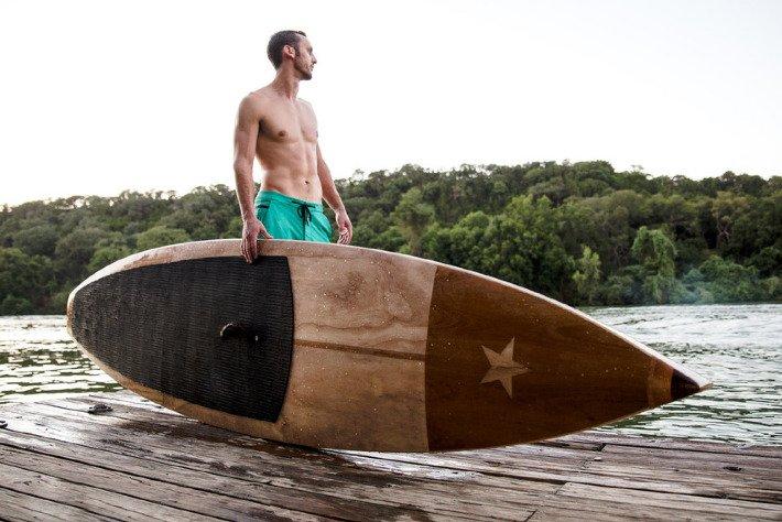 Tabla de madera de lujo para los amantes del paddel surf