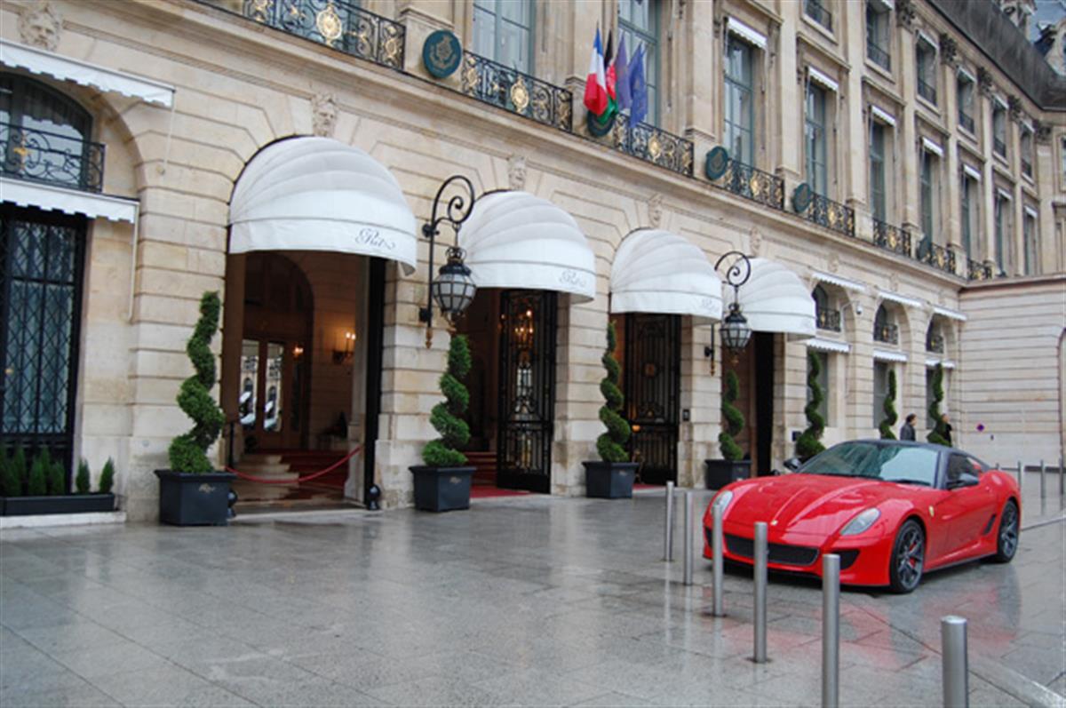 El emblemático hotel Ritz de París reabre sus puertas