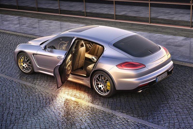 el nuevo porsche panamera una berlina m s deportiva que su antecesor the luxury trends. Black Bedroom Furniture Sets. Home Design Ideas