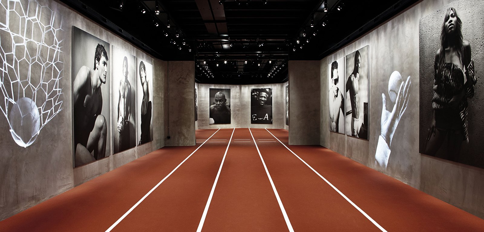 """Emotions of the athletic body"": la exposición de Giorgio Armani en honor a la belleza del cuerpo atlético"