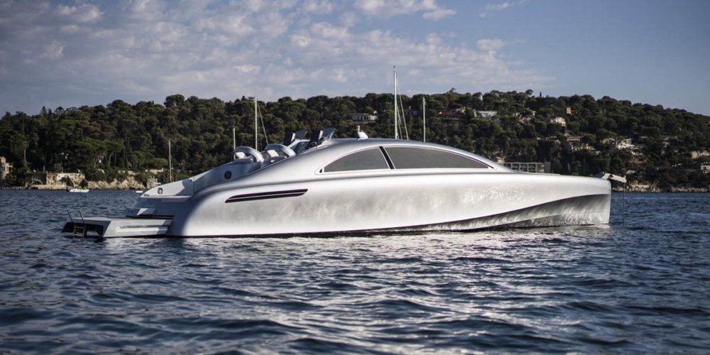 Arrow 460 Granturismo, el nuevo buque insgnia de Mercedes para surcar los mares
