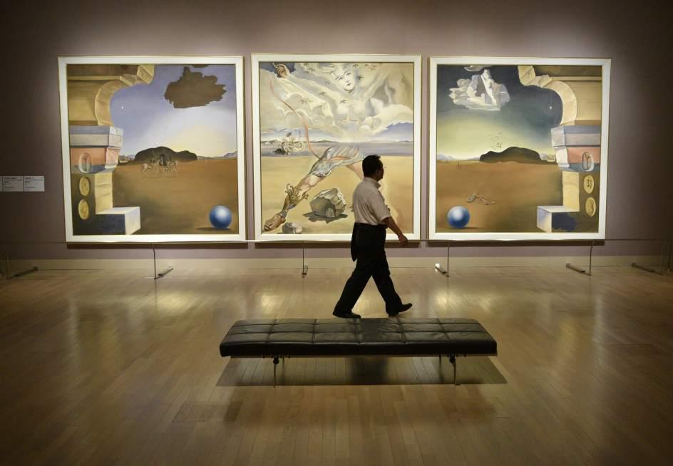 Tokio acoge una exposición de Salvador Dalí con 250 obras del genial artista