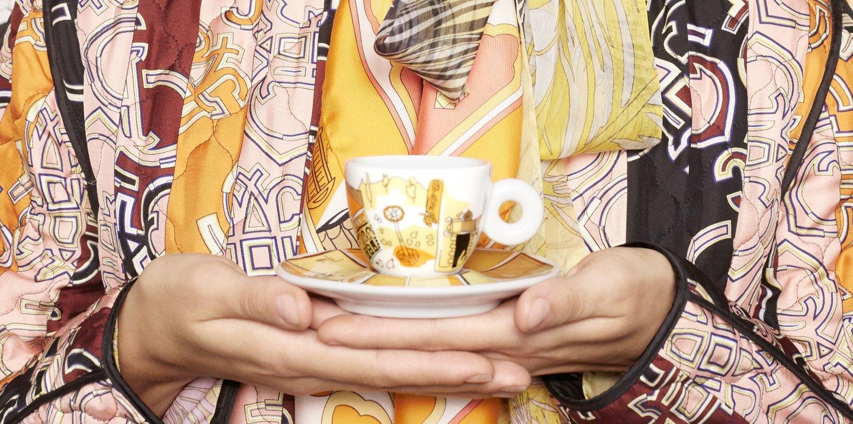 Tazas de café de Emilio Pucci que son pequeños objetos de arte