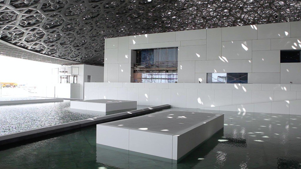 Louvre_Abu_Dhabi_Sala_Theluxurytrends