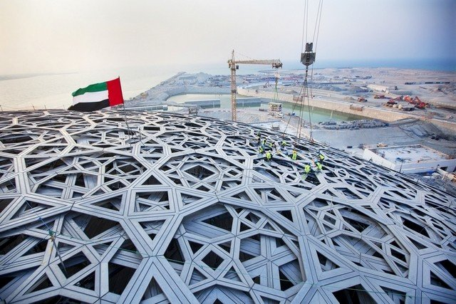 Louvre_Abu_Dhabi_cupula_Theluxurytrends