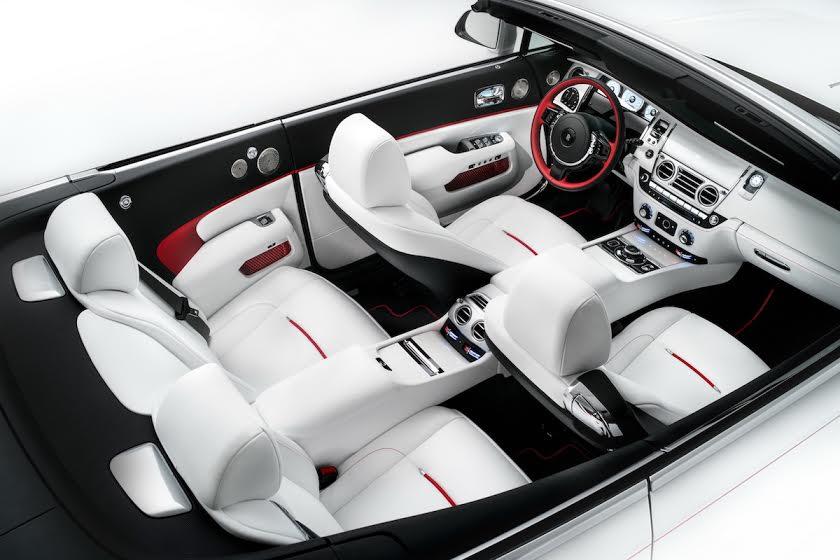 Rolls_Royce_dawn_moda_interior_Theluxurytrends
