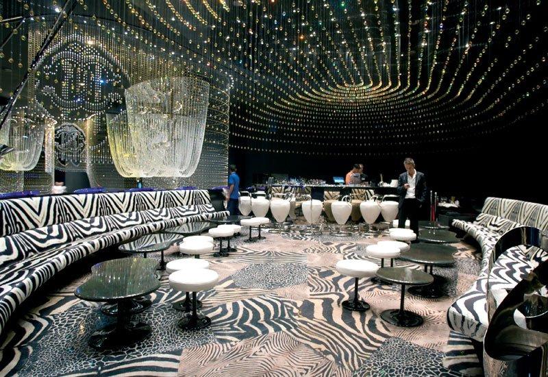 Cavalli-Club-Fairmont-Dubai_The-Luxury-Trends