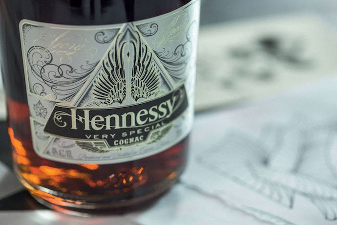 Hennessy_Scott_Campbell_Limited_edition_The_Luxury_trends