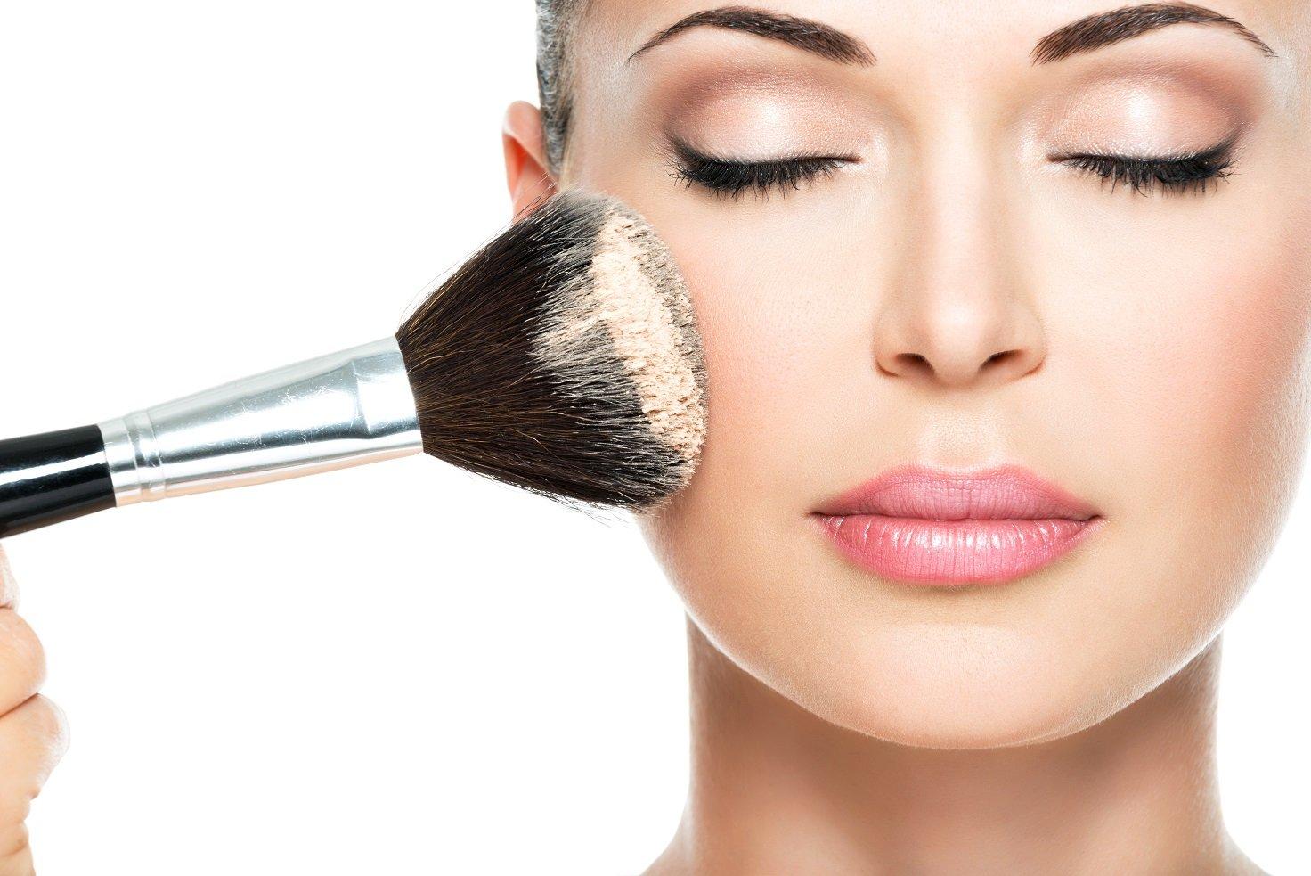 Maquillaje para lucir perfectas en Fin de Año