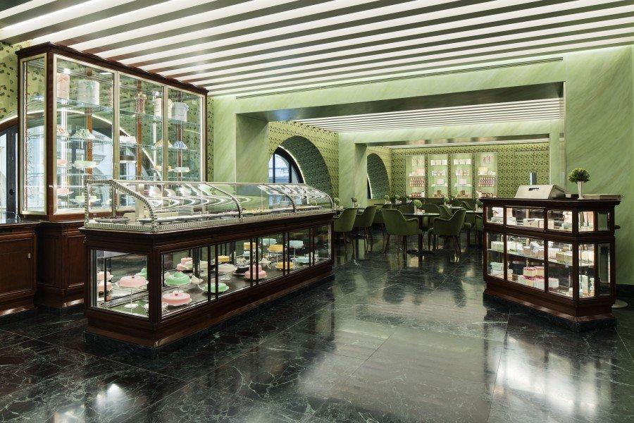 pasticceria-marchesi-galleria-vittorio-emanuelle-Prada_The-Luxury_Trends