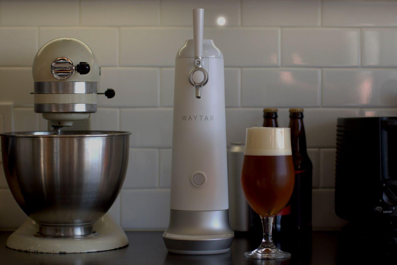 Fizzics Waytap, un elegante y sencillo tirador de cerveza doméstico