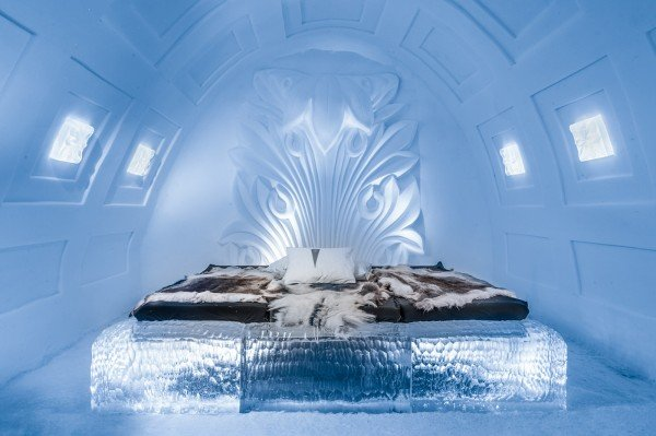 Icehotel_art_suite_2017_TheLuxuryTrends