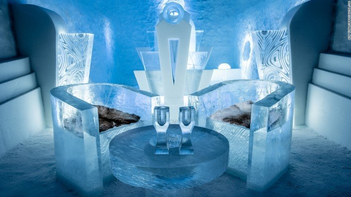 Icehotel_suite_art_TheLuxuryTrends