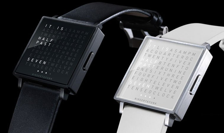 Qlocktwo-W-Watch-TheLuxuryTrends