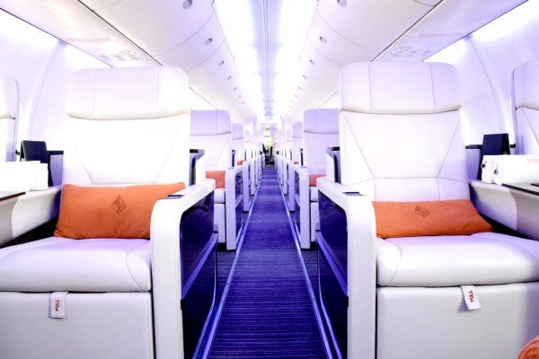 Four-Seasons-jet-Experience-interior-avión-TheLuxuryTrends