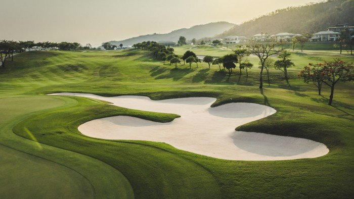 The-Luxury-Trends-Golf-en-Tailandia-Blanck-Mountain-Golf-Club