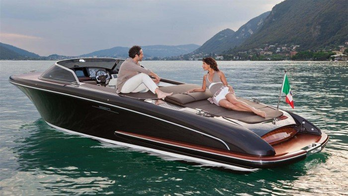 The-Luxury-Trends-Riva-Iseo