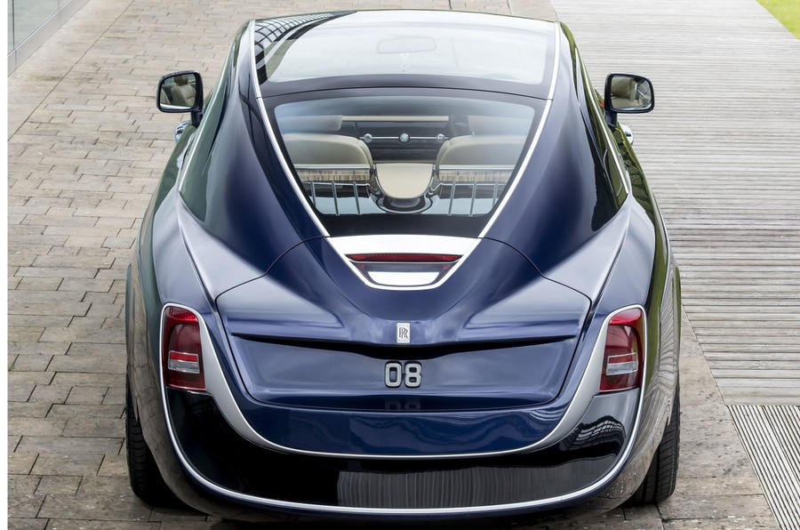 Rolls-Royce-swepttail-parte-trasera-TheLuxuryTrends