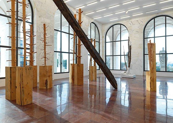 FENDI-Giuseppe-Penone-exposición-TheLuxuryTrends