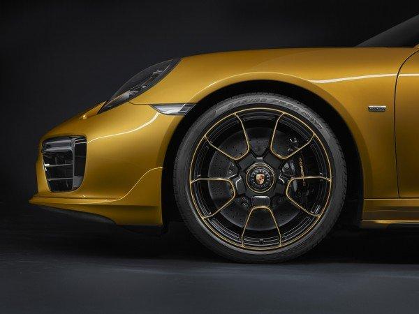 Porsche-911-turbo-s-detalle-TheLuxuryTrends