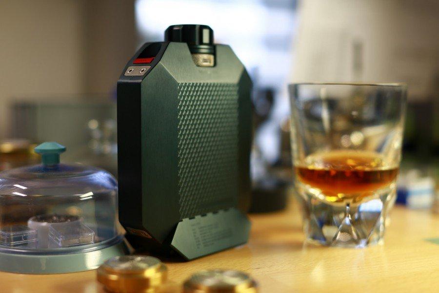 The Flask 2, petaca de lujo para albergar el mejor The Macallan