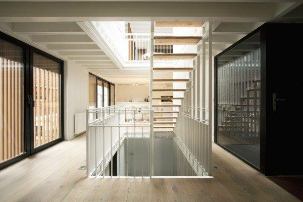 Casa-flotante-water-vill-interior-TheLuxuryTrends
