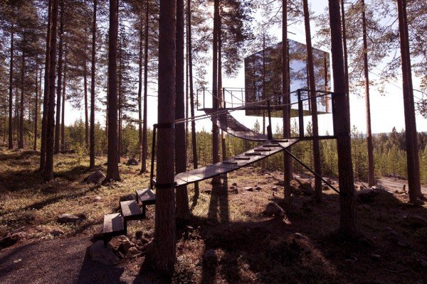 Treehotel-The-Mirrorcube-TheLuxuryTrends