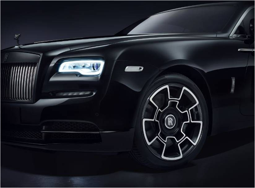 Rolls-Royce-Black-Badge-TheLuxuryTrends
