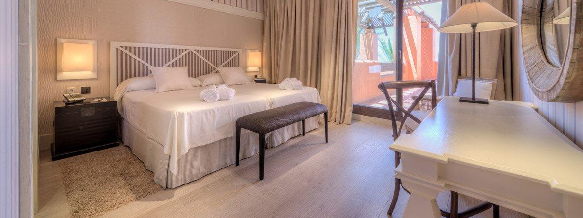 Suite-Presidencial-Hotel-Royal-Hideaway-Sancti-Petri-TheLxuuryTrends