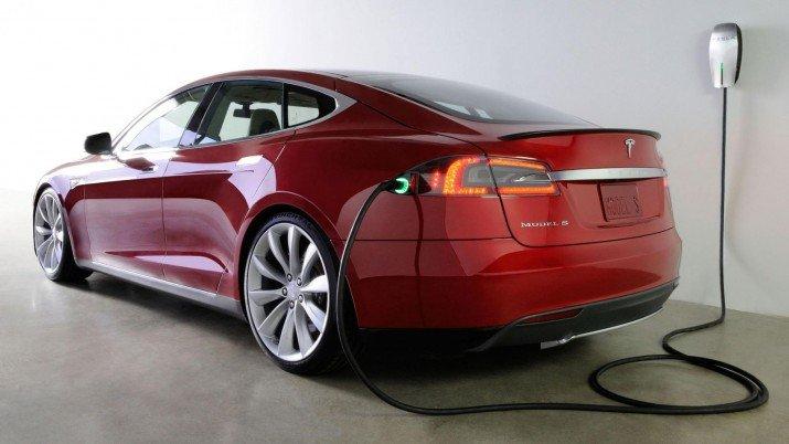 Tesla-Modelo-S-TheLuxuryTrends