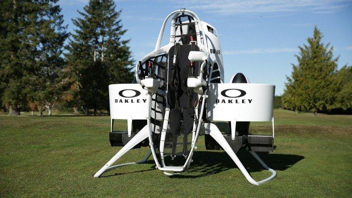 bubba-watson-jetpack-TheLuxuryTrends