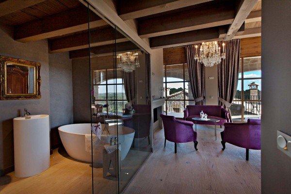 La-Vella-Farga-Hotel-Habitaion-TheLuxuryTrends