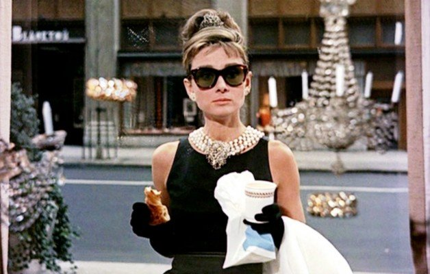 The-Blue-Box-cafe-Audrey-Hepburn-TheLxuuryTrends