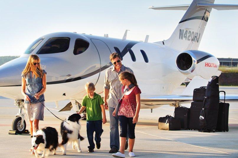 HA-420 Hondajet, un jet privado pequeño, coqueto y familiar